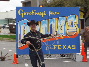This guy did fancy spinning lasso tricks, including spinning the ropes around runners as they posed
