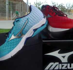 Gorgeous shoes showing off the Mizuno Runbird