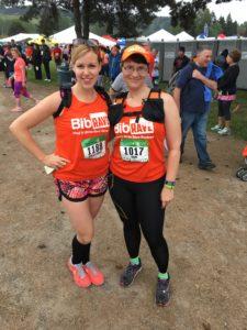 Pre-race not quite twinsies: BibRave singlet, Orange Mud hydraquiver, BibRave custom Buff...#orangeisthenewfast