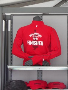 Nike DC finisher red jacket